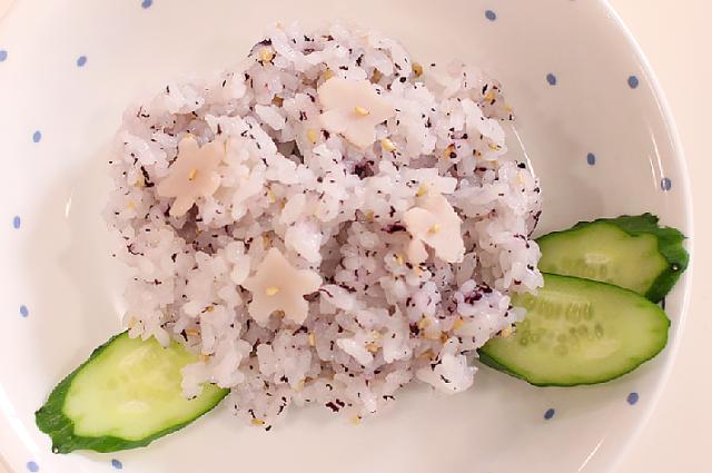 雨の日もワクワク!梅雨にぴったりの幼児食レシピ