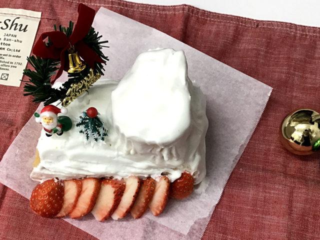 クリスマスデザート、くるくるブッシュドノエル 【完了期離乳食レシピ】