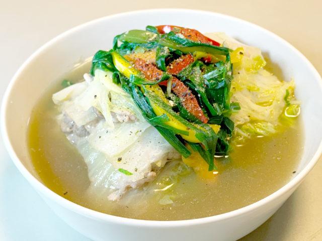 白菜と豚バラのもりもりミルフィーユスープ【時短レシピ|まゆげごはん】