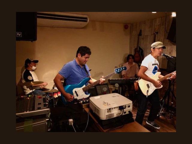音楽を愛する店主のこだわりが詰まった世田谷のライブバー「metta(メッタ)」