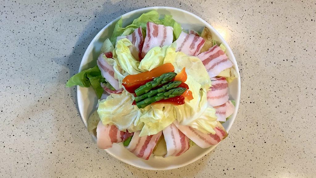春キャベツと豚肉の重ね蒸し12