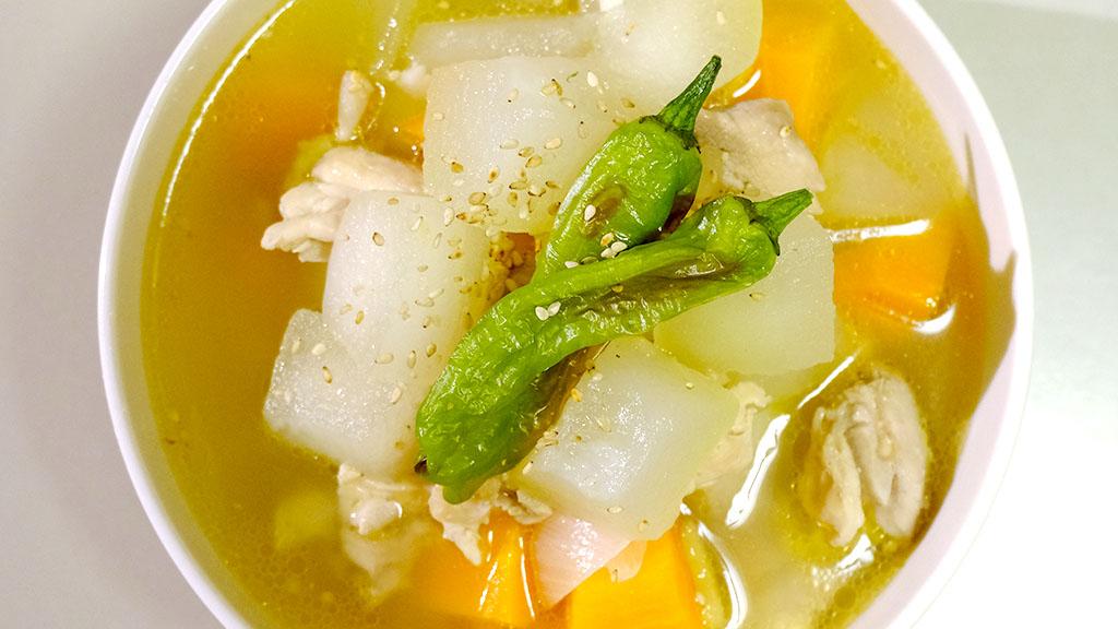 冬瓜と鶏むね肉のスープ完成1
