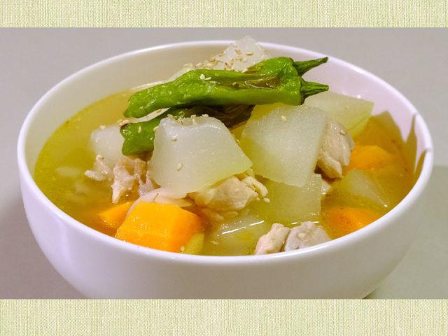 冬瓜と鶏むね肉のさっぱり生姜スープ【簡単レシピ|まゆげごはん】